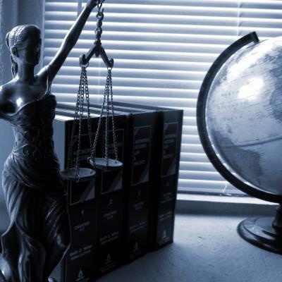 Lady justice 2388500 1920